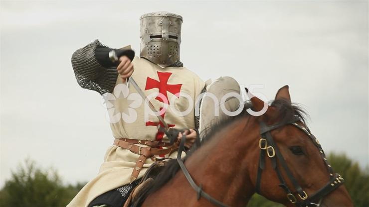 medieval-knight-horseback