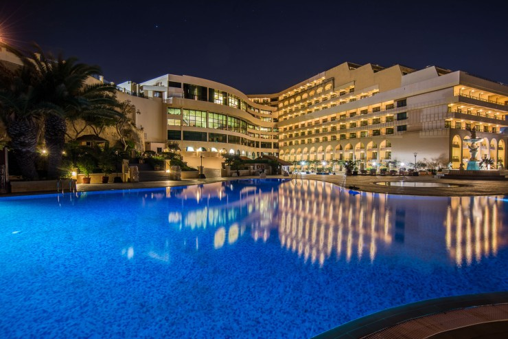 Outdoor-Pool-at-Night Excelsior